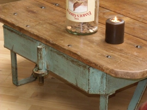 table basse industrielle,meuble industriel,mobilier industriel,table basse,table basse bois métal