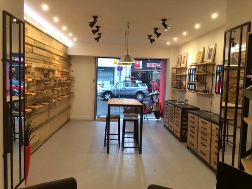 Agencement magasin d 39 optique nantes meuble industriel meuble de sty - Magasin design nantes ...