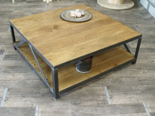 Table basse bois m tal au design industriel meuble de for Table basse en chene clair