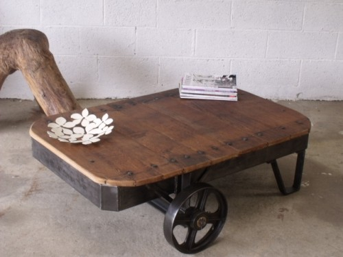 table basse industrielle,mobilier industriel,meuble industriels,table basse loft
