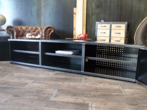 meuble tv acier meuble de style industriel bois et acier. Black Bedroom Furniture Sets. Home Design Ideas