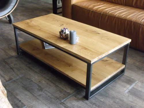 Table basse industrielle meuble de style industriel bois for Table design industriel