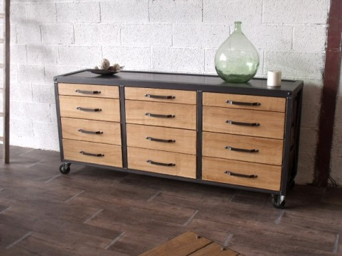 bahut industriel meuble de style industriel bois et. Black Bedroom Furniture Sets. Home Design Ideas