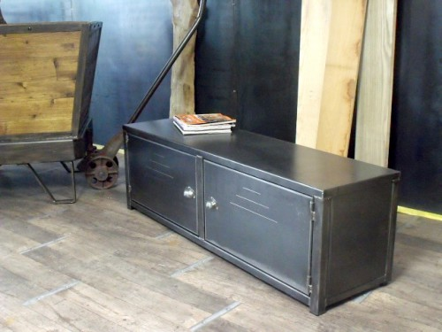 made in france meuble de style industriel bois et acier sur mesure micheli design. Black Bedroom Furniture Sets. Home Design Ideas