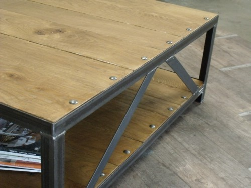 Table basse bois m tal au design industriel meuble de for Table design industriel